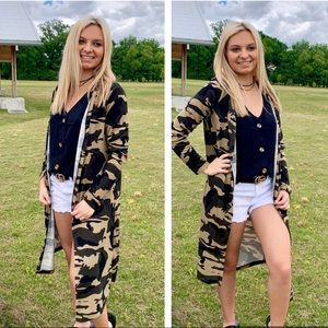 Sweaters - ✨LAST ONE✨Green Camo Print Long Cardigan Large NWT